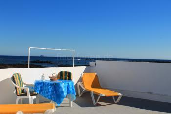 Große Dachterrasse zum Sonnen und Relaxen