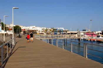 Blick auf den Hafen - Puerto del Carmen