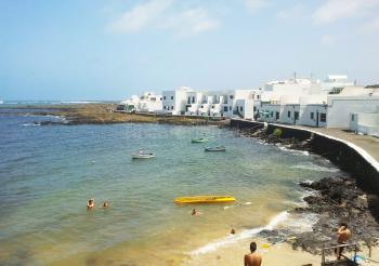 Apartment an der Playa de Órzola
