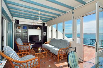 Wohn- und Esszimmer mit Terrassenzugang