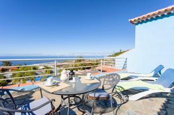 Apartment mit Terrasse und Meerblick