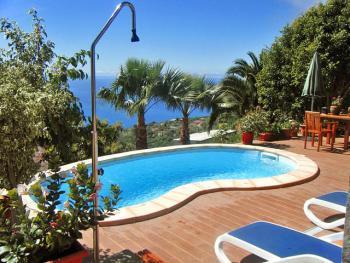 Ferienhaus mit Pool auf La Palma