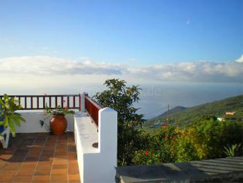 Terrasse mit Panorama- und Meerblick
