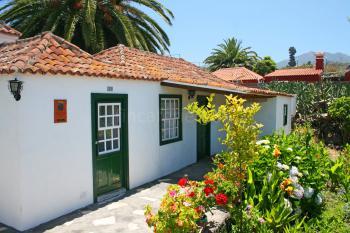 Landhaus mit Garten und Panoramablick