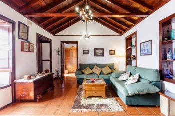 Komfortables Landhaus im kanarischen Stil