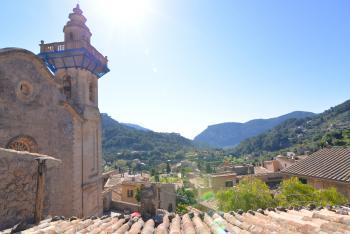 Dachterrasse mit schönem Blick über Valldemossa