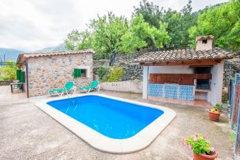 Kleines Ferienhaus mit Pool bei Soller