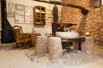 Antike Getreidemühle