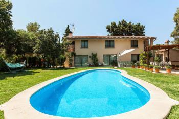 Ferienhaus mit Pool und Heizung bei Pollenca