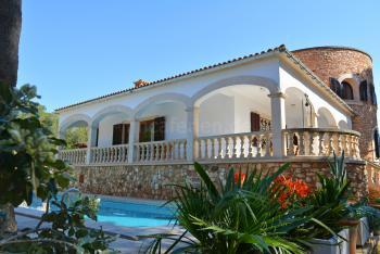 Exklusive Villa mit Pool für 6 Personen