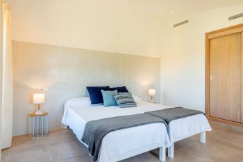 Schafzimmer mit 2 Einzelbetten