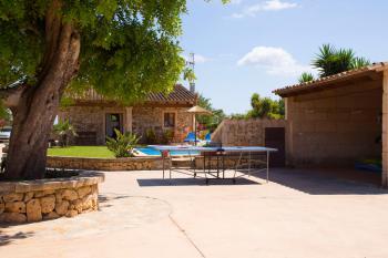 Pool, Garten, Tischtennisplatte