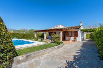 Ferienhaus mit Pool bei Pollenca