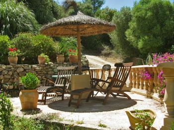 Kleines Ferienhaus mit privater Terrasse
