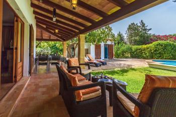 Privater Pool, Garten, Grill und Terrasse