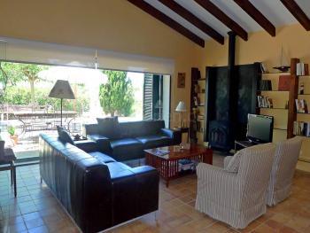 Wohnzimmer - Sat-TV und Internet W-LAN