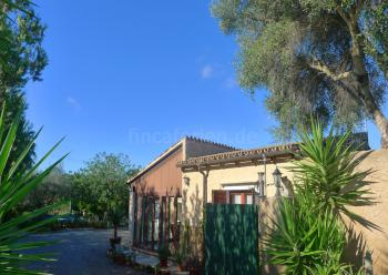 Kleines Ferienhaus mit privatem Pool und Garten