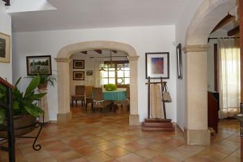 Eingangshalle der Finca mit Fußbodenheizung