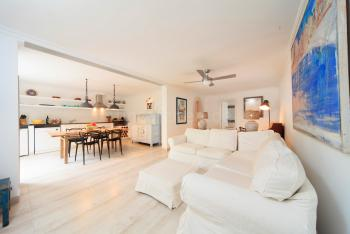 Küche und Wohnbereich - Apartment