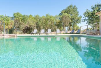 Finca mit Pool und Klimaanlage bei Son Macia