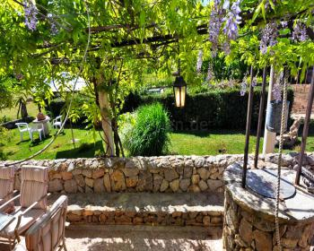 Terrasse, Pool und Garten