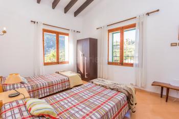 Schlafzimmer mit Blick auf Valldemossa