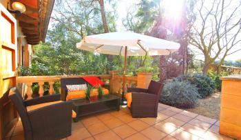 Finca mit Pool und privater Terrasse