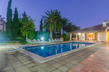 Finca mit Pool und Klimaanlage für 11 Personen