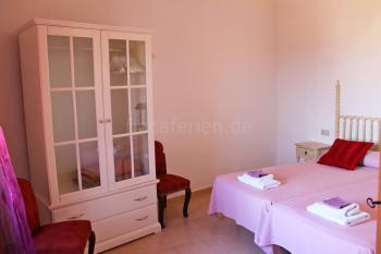 Schlafzimmer mit Klimaanlage - Obergeschoss