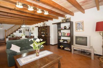 Wohn- und Esszimmer mit Sat-TV und Internet