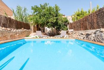 Mallorquines Ferienhaus für 6 Personen mit Pool