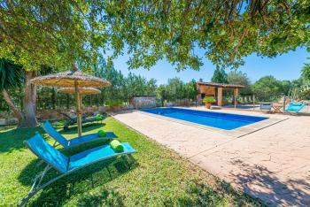 Ferienhaus für 6 Personen nahe Llubi