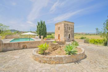 Ortsnahe Finca mit Pool bei Manacor