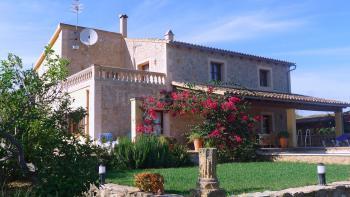Mallorca Finca mit Pool nahe Golfplatz