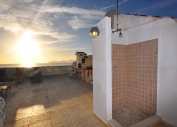 Dachterrasse mit Außendusche