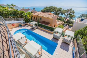 Exklusive Villa für 10 Personen am Meer