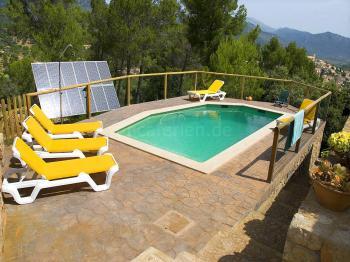 Natursteinfinca mit Pool bei Selva