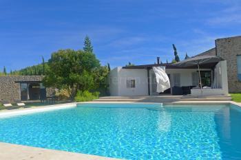 Finca mit Pool und Gästehaus