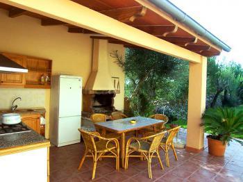 Außenküche mit Grill