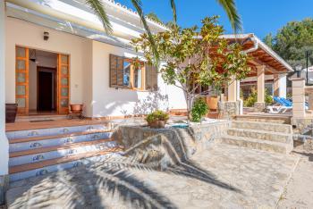 Ferienhaus mit Pool in Cala Murada