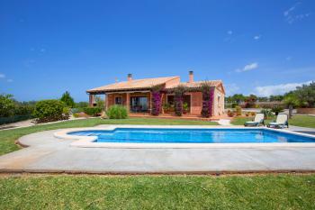 Ferienhaus mit Pool nahe Can Picafort