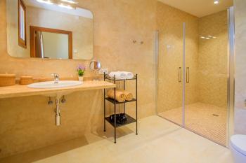 Fußbodenheizung und Bad en Suite