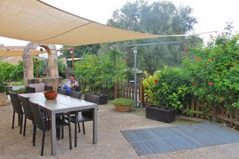 Große Ferienwohnung -  möblierte Terrasse