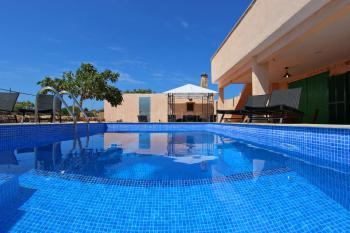 Moderne Finca mit Pool bei Sa Rapita