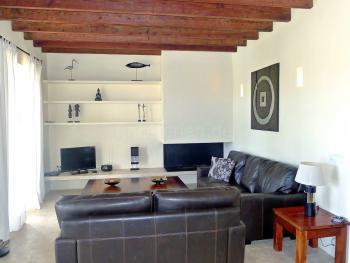 Wohnraum mit SAT-TV