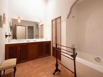 Großes Bad en Suite