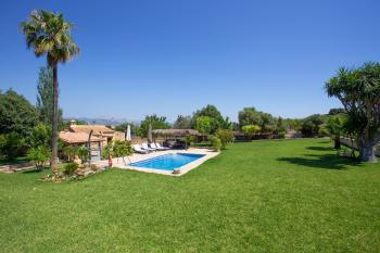 Mallorca Urlaub - Finca mit Pool und Garten