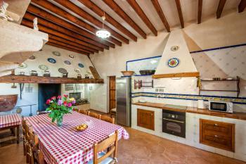 Typisch mallorquine Wohnküche