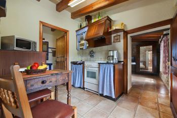Separate Küche und Essplatz