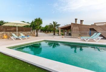 Finca mit Pool bei Can Picafort